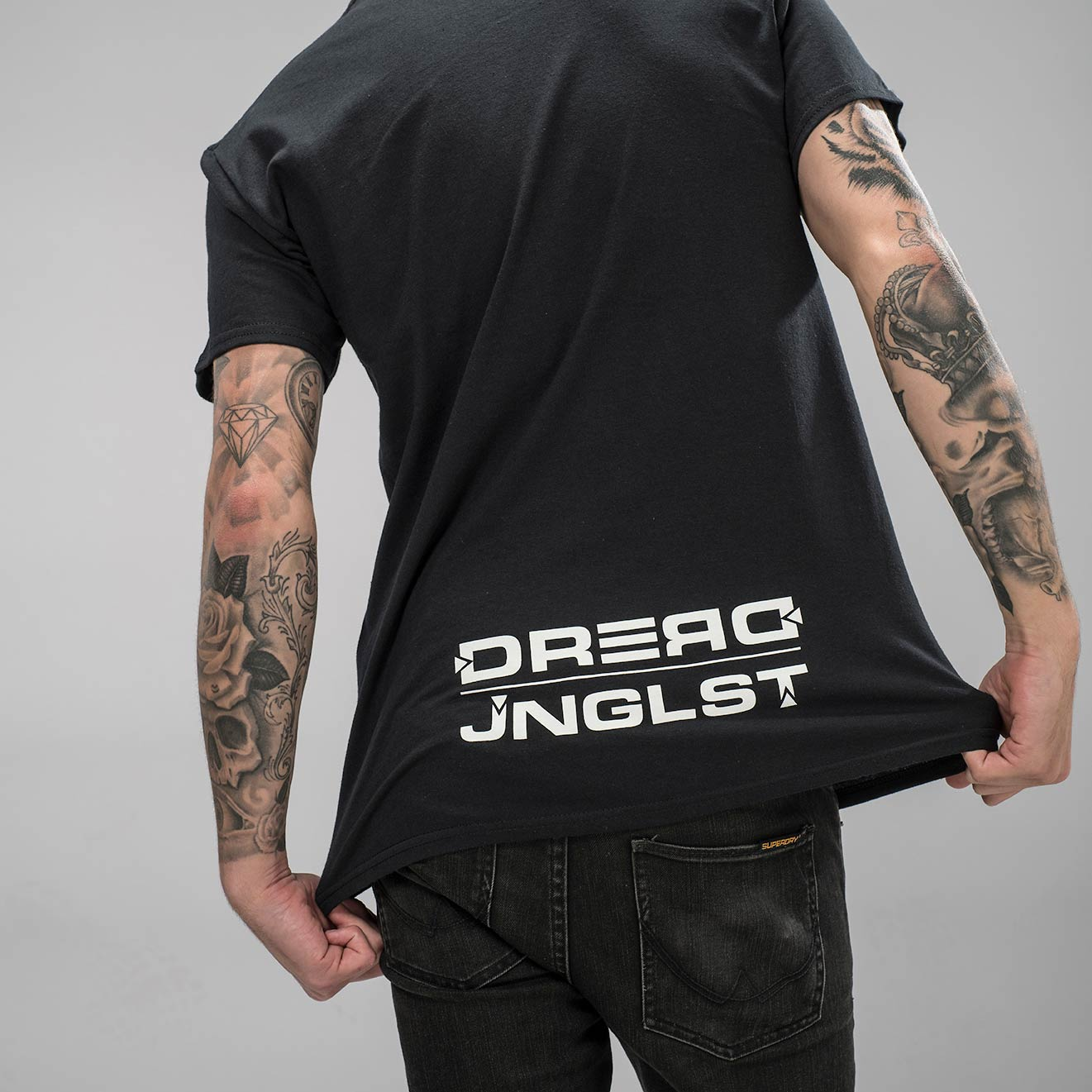 Dread Records Junglist Log on the back of our Tee