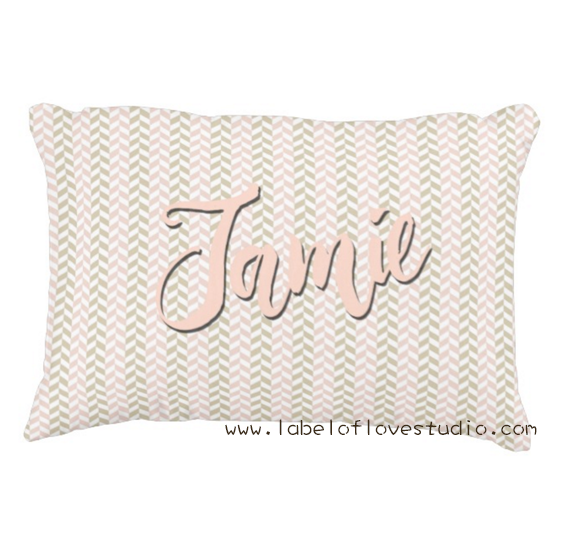 Sweet Classic Pillow in Pink