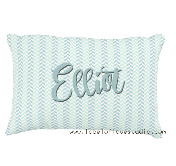 Sweet Classic Pillow in Blue
