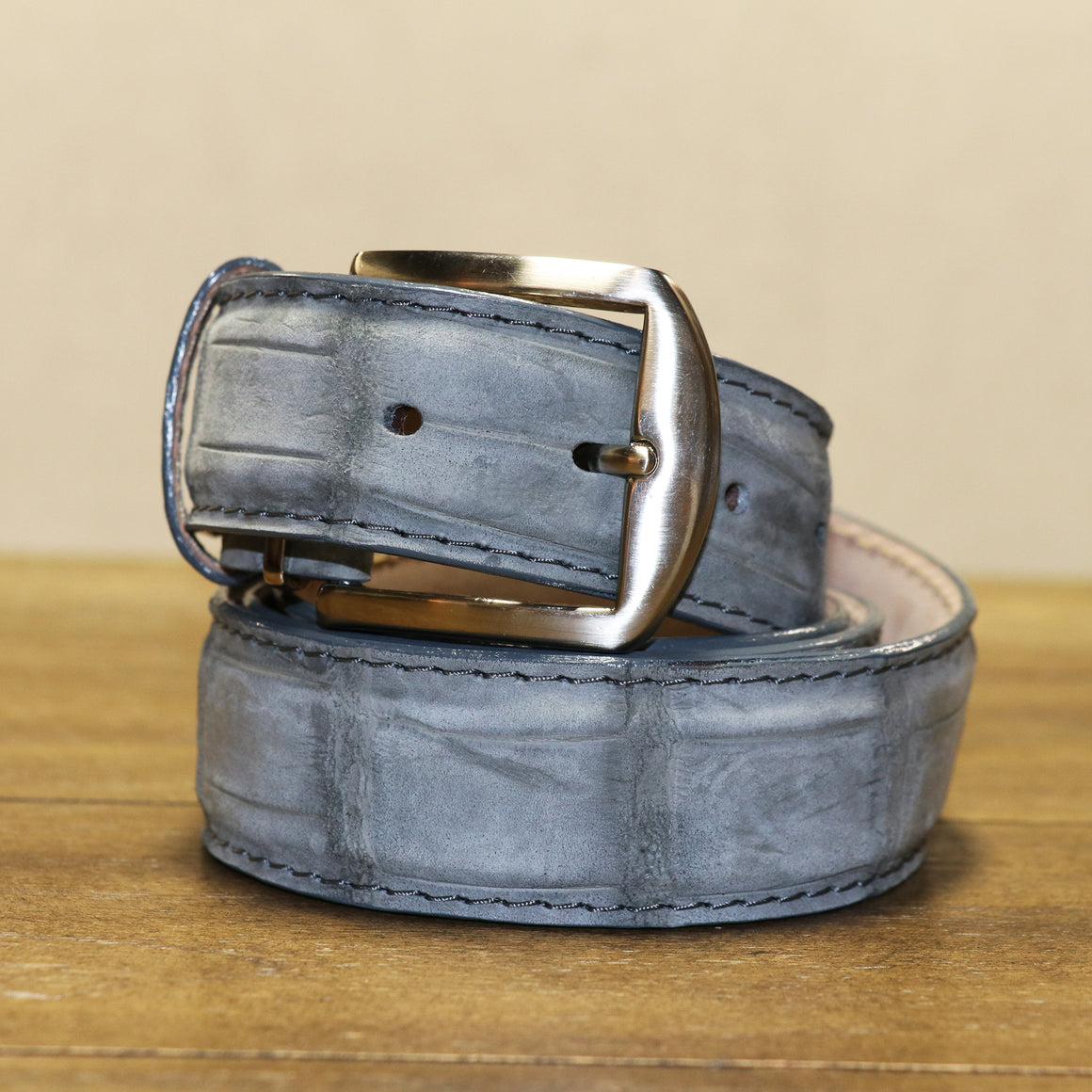 Buffed Alligator Belt - Light Grey