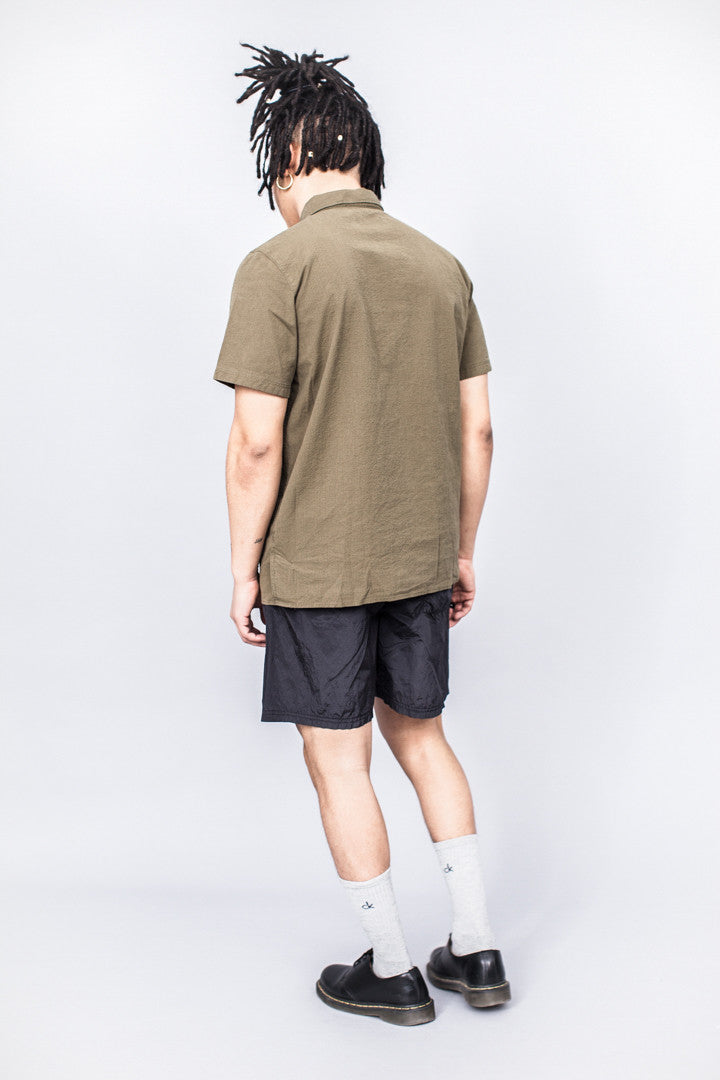 Très Bien Camp Shirt Army Green Seersucker