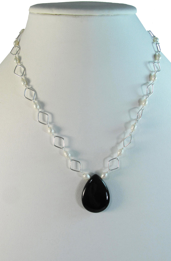 Onyx teardrop with white pearl necklace