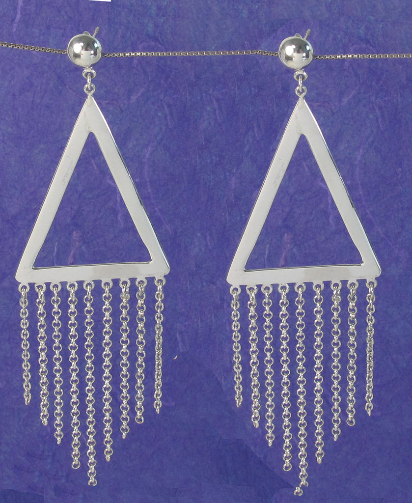 Stunning sterling silver triangle with decorative silver chain