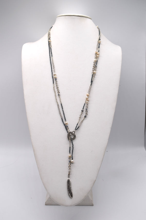 Heart, pearls and feather lariat