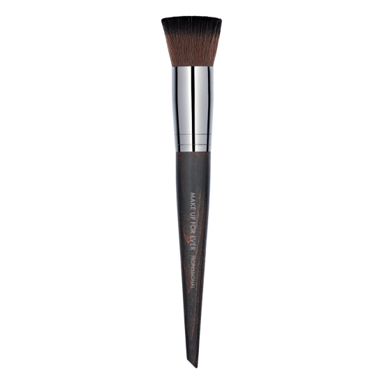 Buffer Blush Brush - 154 MAKE UP FOR EVER - Backstage Cosmetics Canada
