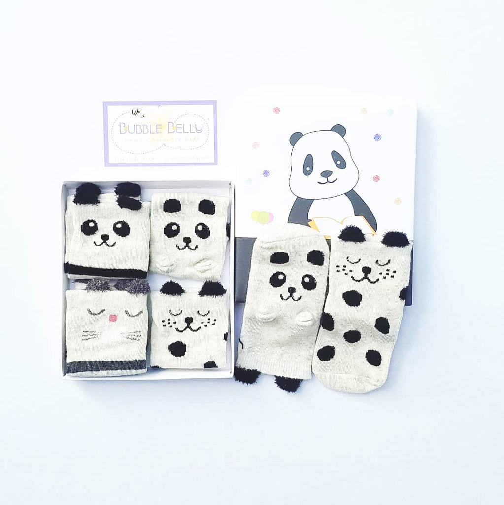 infant boxed socks, gift set for babies, sock set, panda, black and white baby gift