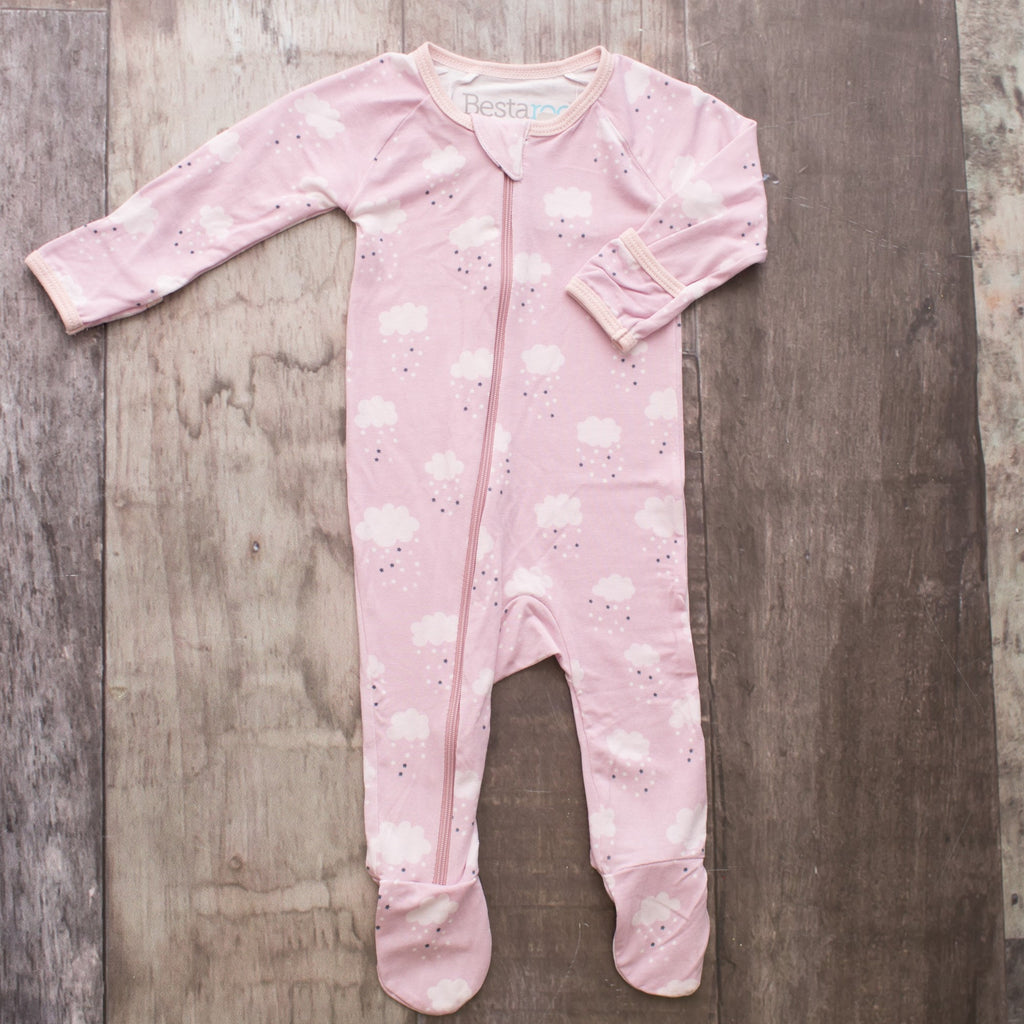 One Piece Pink Eco Friendly Footie Pajama withLight Pink Starry Clouds All Over