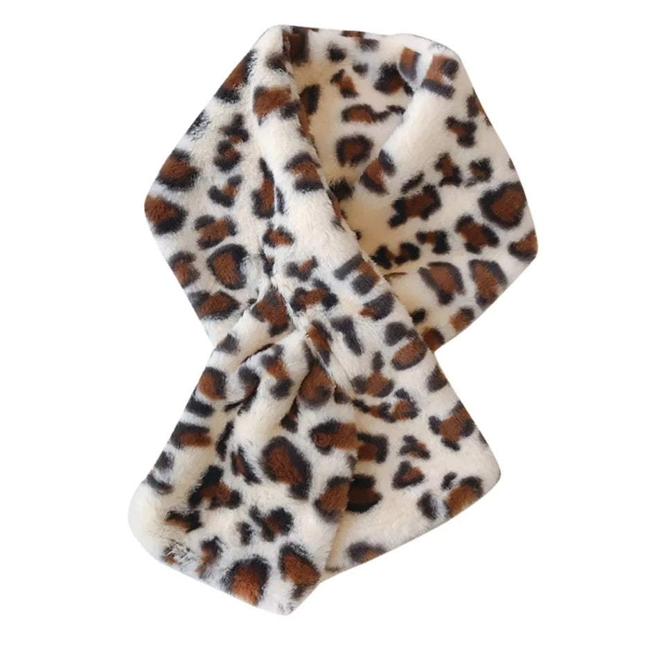 White scarf with brown leopard print, faux fur