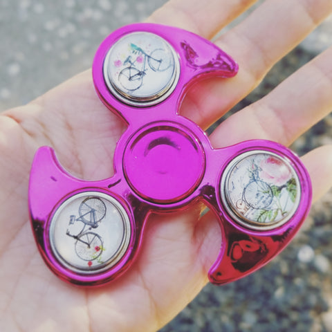 Fidget Spinner - Metallic Fuchsia, 3 Snap Button Charms, Vintage Bicycles