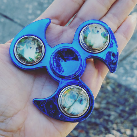 Fidget Spinner - Electric Blue, 3 Snap Button Charms, Puppies