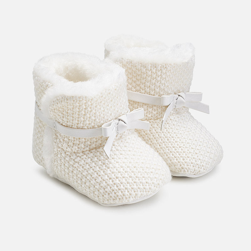 Baby girl faux fur lined, knit booties, ivory, soft-soled, mayoral 9927