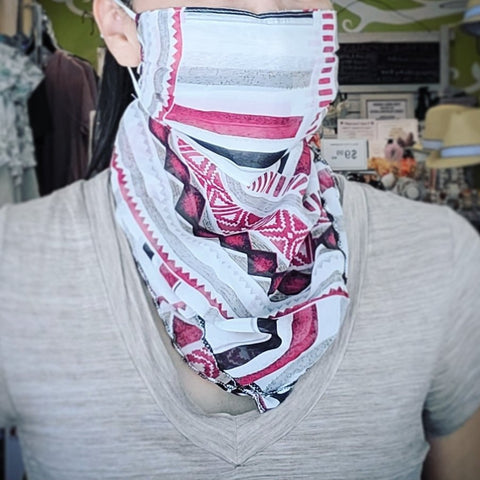 Face Covering Masks, Bandana Style w/Adjustable Ear Loops, Red/Grey/White Geo Print