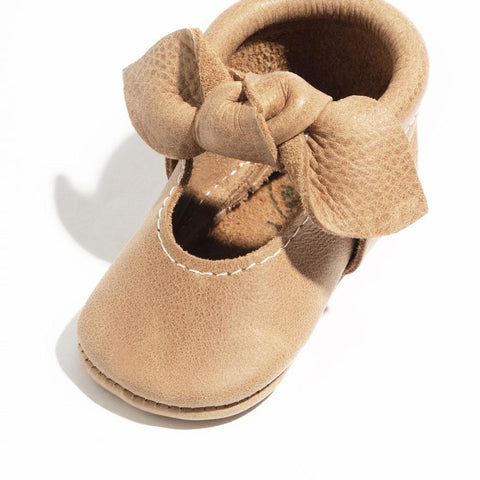 Freshly Picked Bow Moccassins, Weathered Brown
