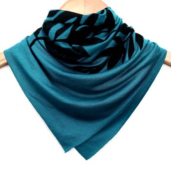 Ladies Hand-Printed Jersey Bandana, Black Laurel Teal