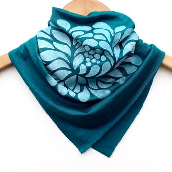Ladies Hand-Printed Jersey Bandana, White Chrysanthemum Teal