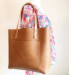 The Scout 2.0 Leather Tote - Tan