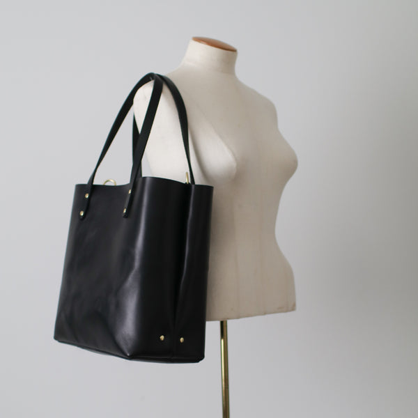 The Scout Classic Leather Tote - Black Bridle