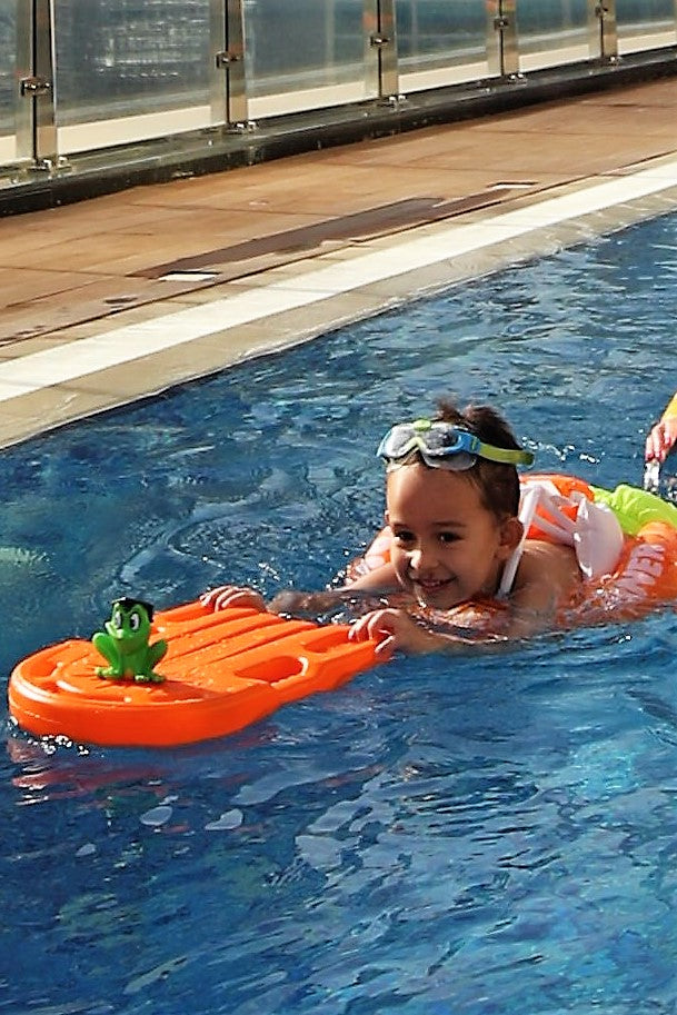 "SWIMTRAINER ""Classic"" orange (ages 2 years to 6 years)"