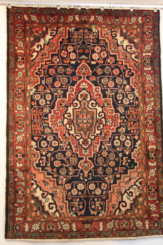 Persian Hamedan Hand-knotted Rug Wool on Cotton (ID 77478h)