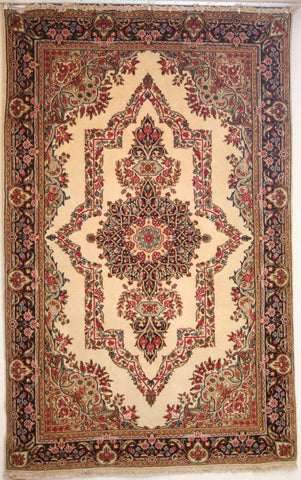 Persian kerman Hand-knotted Rug Wool on Cotton (ID 182)