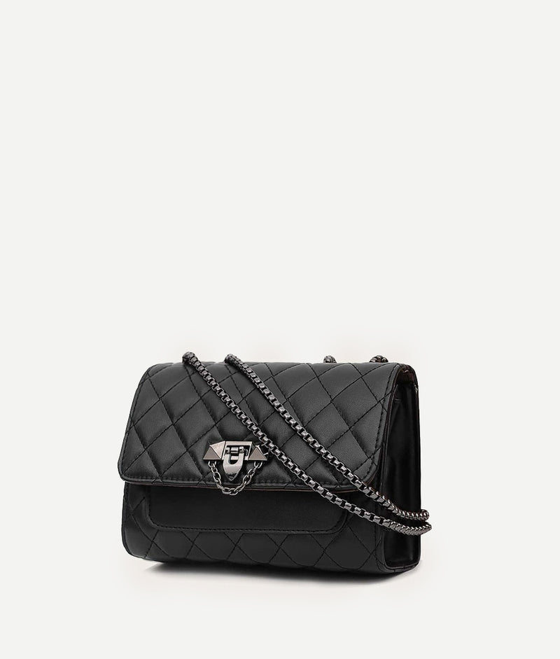Quilted crossbody taske
