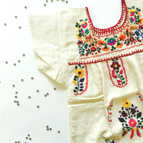 Sofia – Mexican embroidered dress in linen