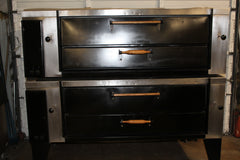BAKERS PRIDE GAS PIZZA OVEN DOUBLE STACK REFURBISHED