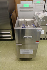 FRYER - SERV-WARE 50 LBS NATURAL GAS 120,000 BTUs