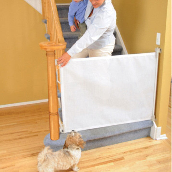 Retractable Fabric Pet Gate Keeps Active Dogs Contained