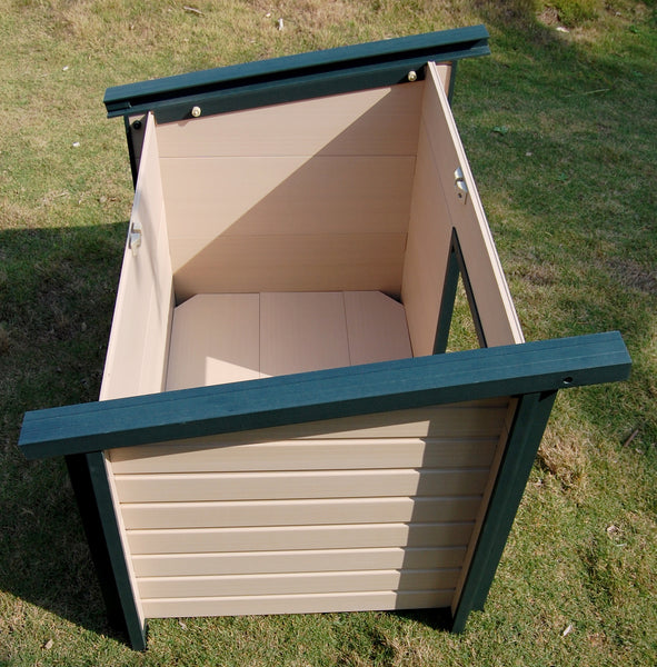 "Jumbo ""Better Than Wood"" Dog Home"