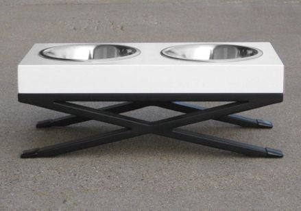White Rdb20 Dog Feeder