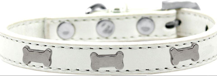 White Dog collar with silver bone emblem studs