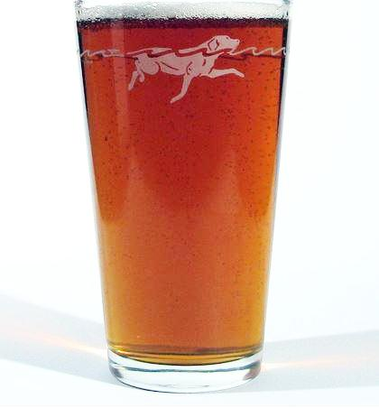 One pint dog etched beer glass