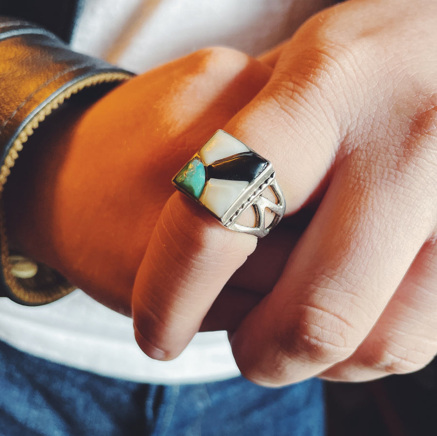 Sunburst Turquoise, Mother of Pearl & Black Onyx Inlay Ring Size 9