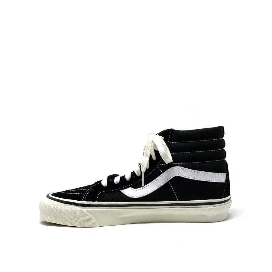 Sk8-Hi 38 DX Black/White (Anaheim Factory)