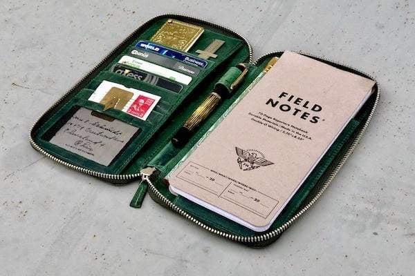 Hobonochi Zippered Leather Wallet for Field Notes Reporter's Notebook Cover