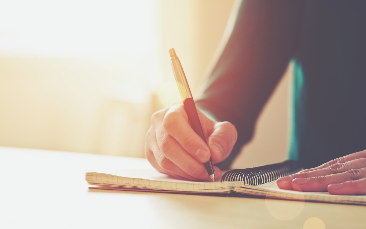 18 Top Writing Prompts for Journaling