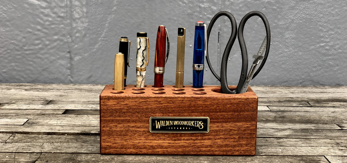 wood pen holder