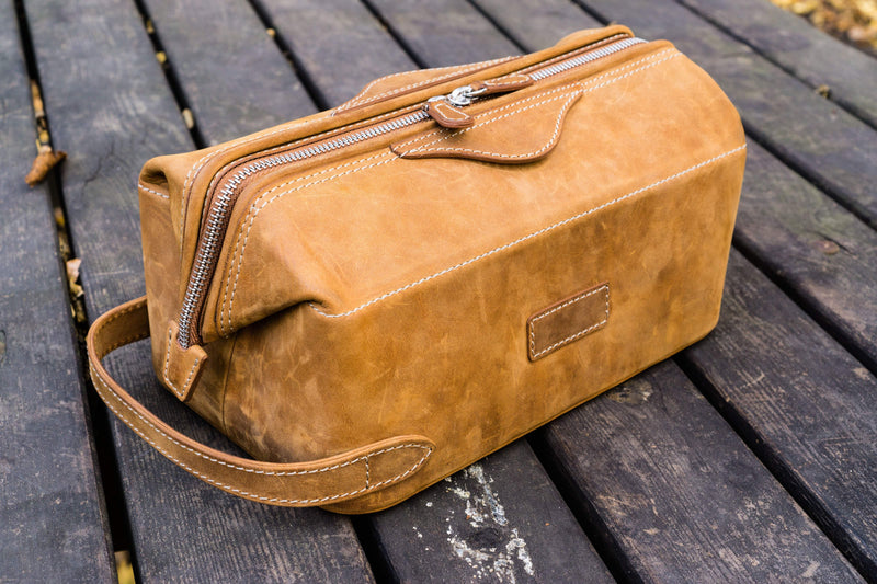 Leather Dopp Kit - Crazy Horse Brown-Galen Leather