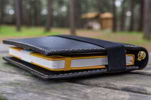 Leather Hobonichi Cousin A5 Planner Cover - Black-Galen Leather
