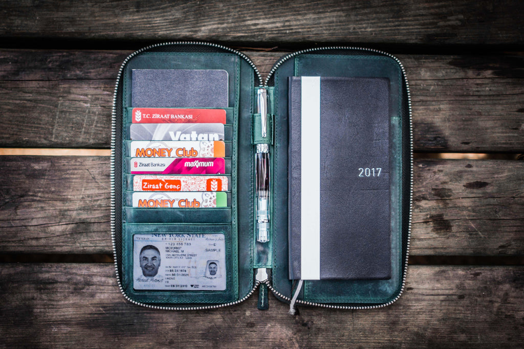 Leather Zippered Hobonichi Weeks Cover - Crazy Horse Forest Green-Galen Leather