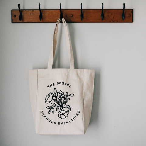 The Gospel Changes Everything Tote