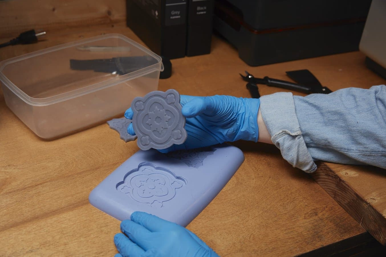 How to Make Silicone Molds for Resin