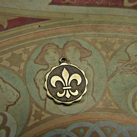 Lovely Fleur De Lis Scallop edged Charm Pendant Antiqued Gold over BRASS