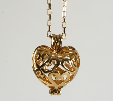 Fancy Filigree Heart Pendant Gold