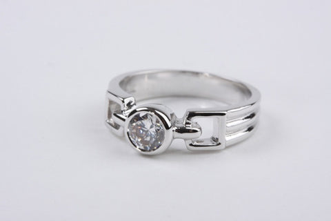 Ribbed Solitaire Ring Silver