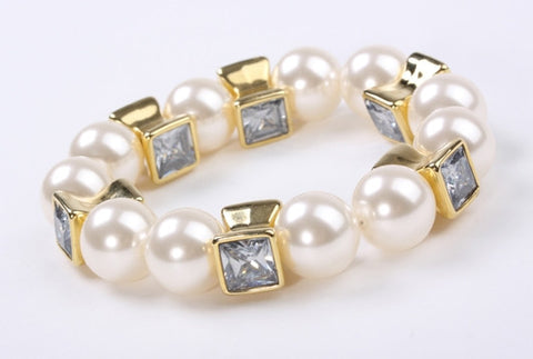 Boho Pearl Stretch Bracelet Gold