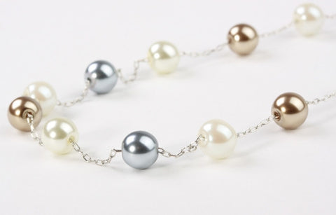 Delicate Three Tone Pearls Silver