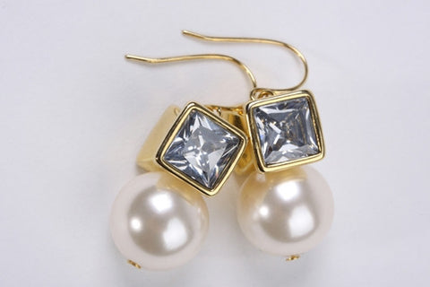 Boho Pearl Earrings Gold
