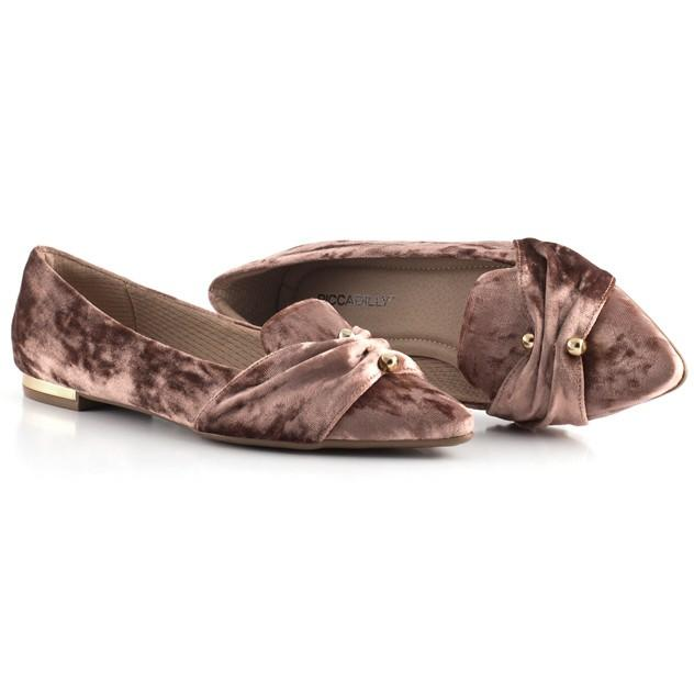 Piccadilly Ref: 274038 Velure Flat in Rose Piercing Detail